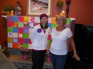 14930_0929_chemo_6_kim_and_mom_display